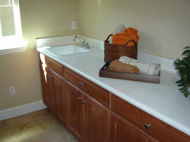 Laundry Countertop Materials : ... , Bathtubs, Showers, Walls & other Bath/Kitchen Building Materials